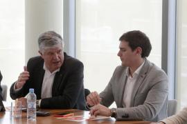 Rivera no descarta que C's gobierne con el PSOE si alcanzan «un gran acuerdo»