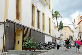 Vila pagará en febrero cerca de 363.000 euros de la paga extra pendiente del año 2012