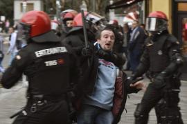 Tres heridos y 5 detenidos tras un enfrentamiento entre hinchas de Olympique y Athletic