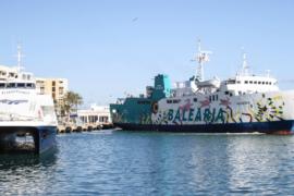 Vila mantiene que el tráfico marítimo con Formentera debe ir a los muelles comerciales