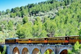 Galardonado el Ferrocarril de Sóller con el Premio Onda Cero al Turismo