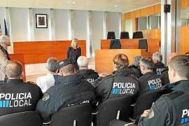 Jornada para acercar los Policías Locales a los ciudadanos para celebrar el Dia de Balears