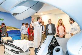 VÍDEO: El servicio de radioterapia de Can Misses prevé tratar unos 300 pacientes este año
