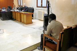 El acusado de violar a una mujer en un restaurante de Cala d'Or dice no recordar nada
