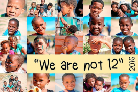 Nace 'No somos 12' para que no falten desayunos ni libros
