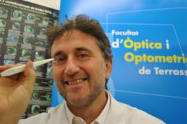 Una lente de contacto frena un 43% la progresión de la miopía