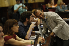 El Govern acepta algunas de las peticiones de Podemos para el impuesto de turismo sostenible