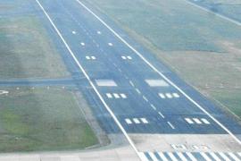 AENA invierte 5 millones en mejorar la pista del aeropuerto de Eivissa