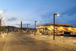 Proponen implantar un servicio de coches que recorrería el puerto de Vila en verano