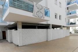 Vecinos de Caló des Moro rechazan la creación de una mezquita en los bajos de un bloque de pisos