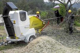 VÍDEO: La trituradora de desechos forestales y de poda ya está disponible en Sant Joan