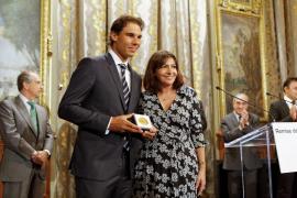 La alcaldesa de París defiende a Nadal de las acusaciones de dopaje