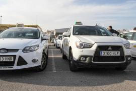 Eivissa empieza la Semana Santa con un paro parcial de taxis