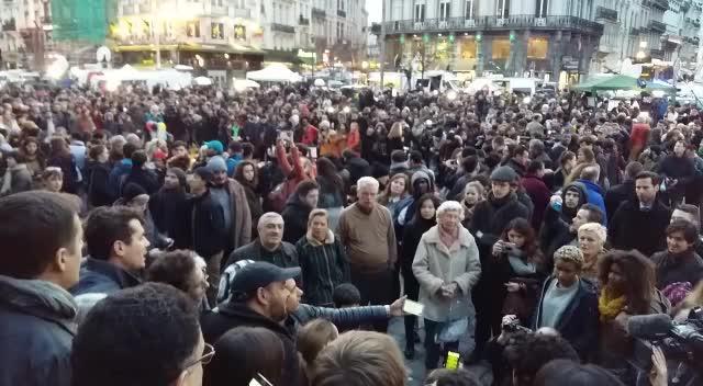 Bruselas envía un mensaje de paz al mundo entre fuertes medidas de seguridad