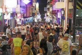 Sant Antoni prohíbe los tiqueteros y pasacalles comerciales durante este verano