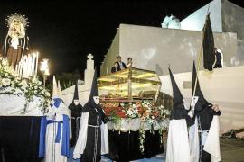 Santa Eulària muestra su fé por el Santo Entierro