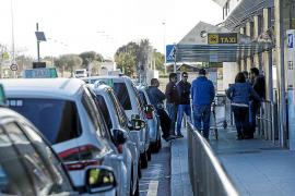Los taxistas harán nuevos paros este verano «si no se respeta la Ley de Transporte»