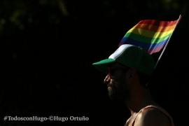 Más de 100 fotógrafos venden sus trabajos para ayudar a su compañero Hugo Ortuño