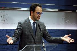 El PSOE anuncia el inicio de reuniones a tres