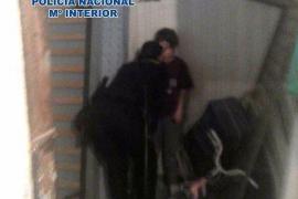 Liberado un menor encerrado por su madre en condiciones infrahumanas