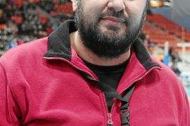 Javier Escandell: «Veo al Ushuaïa en la final y levantando el título»