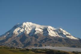 El Chimborazo le quita al Everest el título del punto más alejado del centro de la Tierra