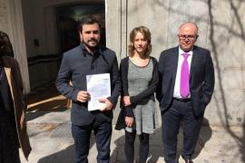 IU-UP se querella contra Rajoy por el acuerdo de los refugiados