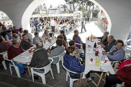 Los vecinos de Sant Josep se vuelcan en la recaudación de fondos para Manos Unidas