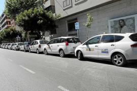 Desencuentro entre los taxistas de Vila por las tarifas para instalar el GPS único