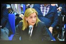 Ausbanc y Manos Limpias habrían liberado a la infanta Cristina del banquillo por tres millones de euros