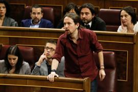 Iglesias: «Rajoy ni siquiera ha sido capaz de adelantarse a  la renuncia de Soria»