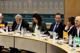 Hacienda ofrece a las CCAA reuniones bilaterales para ayudar a cumplir el déficit