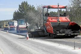 El Consell d'Eivissa inicia el asfaltado de la nueva carretera de Sant Joan