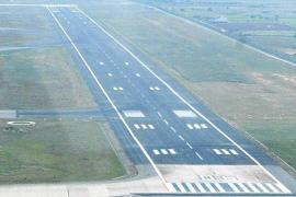 Acaban cuatro días antes de lo previsto las obras que obligaban a cerrar la pista del aeródromo por la noche