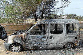 Séptimo vehículo quemado en una nueva noche de llamas en Formentera