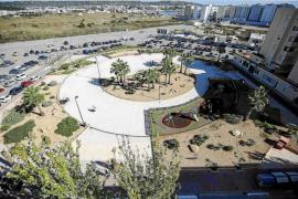 Los empresarios de Vila podrán arreglar los jardines próximos a sus negocios