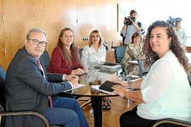 El Partido Popular critica a Pilar Costa por ir «en contra de los intereses de su isla»