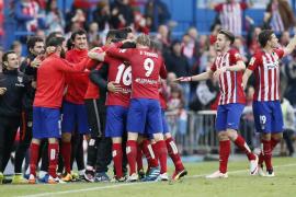Correa mantiene las aspiraciones del Atlético