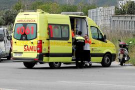 Un herido en un choque entre dos vehículos en la carretera de es Canar