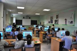 Rajoy: «Es un error suprimir clases de inglés para poner idiomas muy respetables españoles»