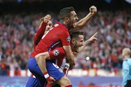 El Atlético golpea, resiste y vence al Bayern
