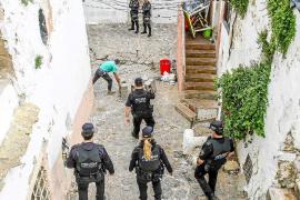 La Policía Nacional detiene a un hombre que forzaba casas para los desalojados de Sa Penya