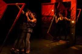 La singular y premiada propuesta de danza 'Fuga' llega a Capdepera