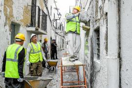 Vila 'sella' con hormigón las 23 infraviviendas desalojadas en Sa Penya