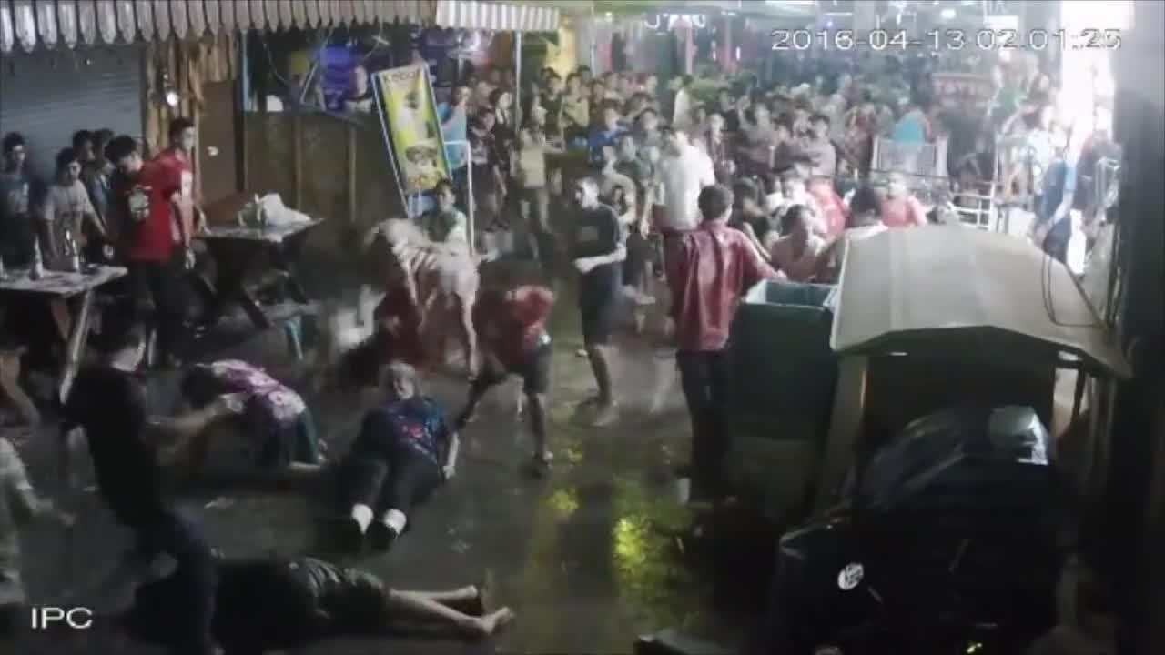 Brutal paliza a una familia británica en Tailandia