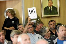 El empresario canario renuncia a los tres lotes que se adjudicó en Platja d'en Bossa