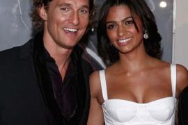 Matthew McConaughey y su novia, de nuevo padres