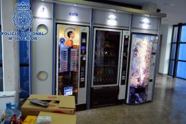 Dos detenidos por reventar las máquinas expendedoras del hospital de Can Misses
