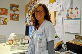 De profesión, matrona en Formentera