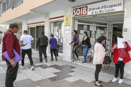 Las Pitiüses lideran la creación de empleo y la caída del paro en el mejor abril desde 2008